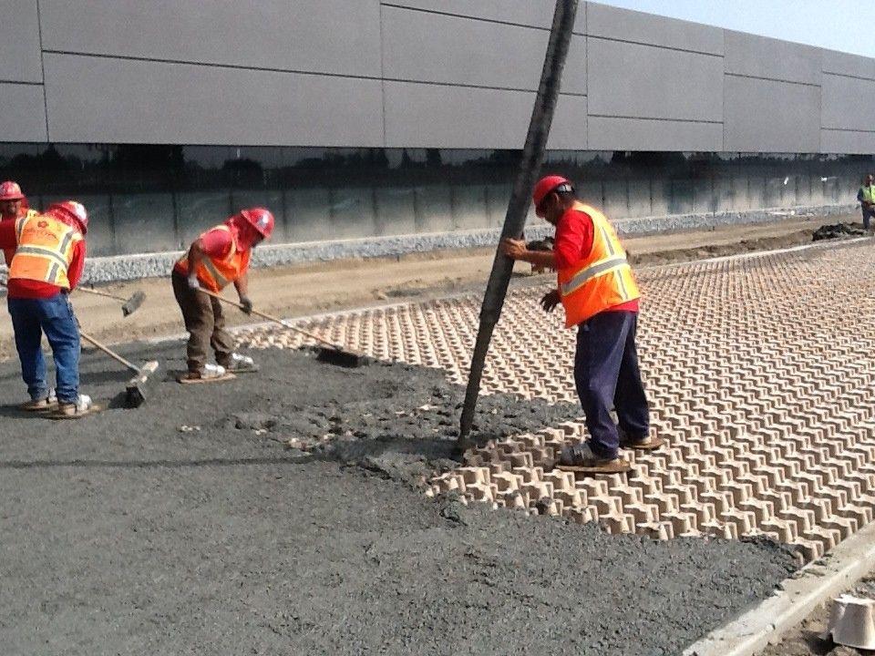 Hyundai Motor America Concrete Pouring