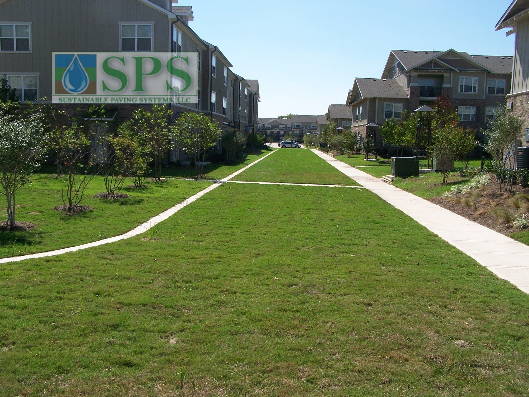 Grasscrete Concealed System At Woodlands At College Station View Of Firelane Finished Access_12
