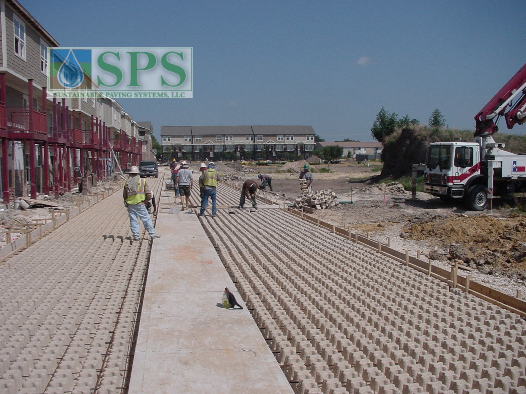 Grasscrete Concealed System At Woodlands At College Station View Of Firelane Pulp Former Install_1