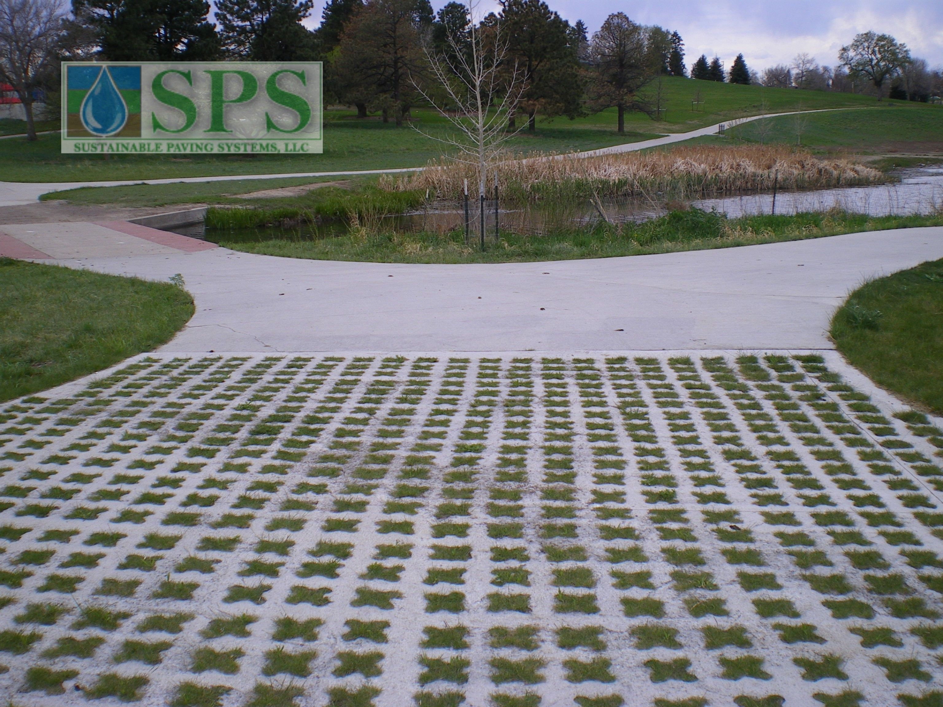Grasscrete was the ideal choice for this site, allowing water to pass freely through, while maintaining structural integrity and preserving visual appeal.