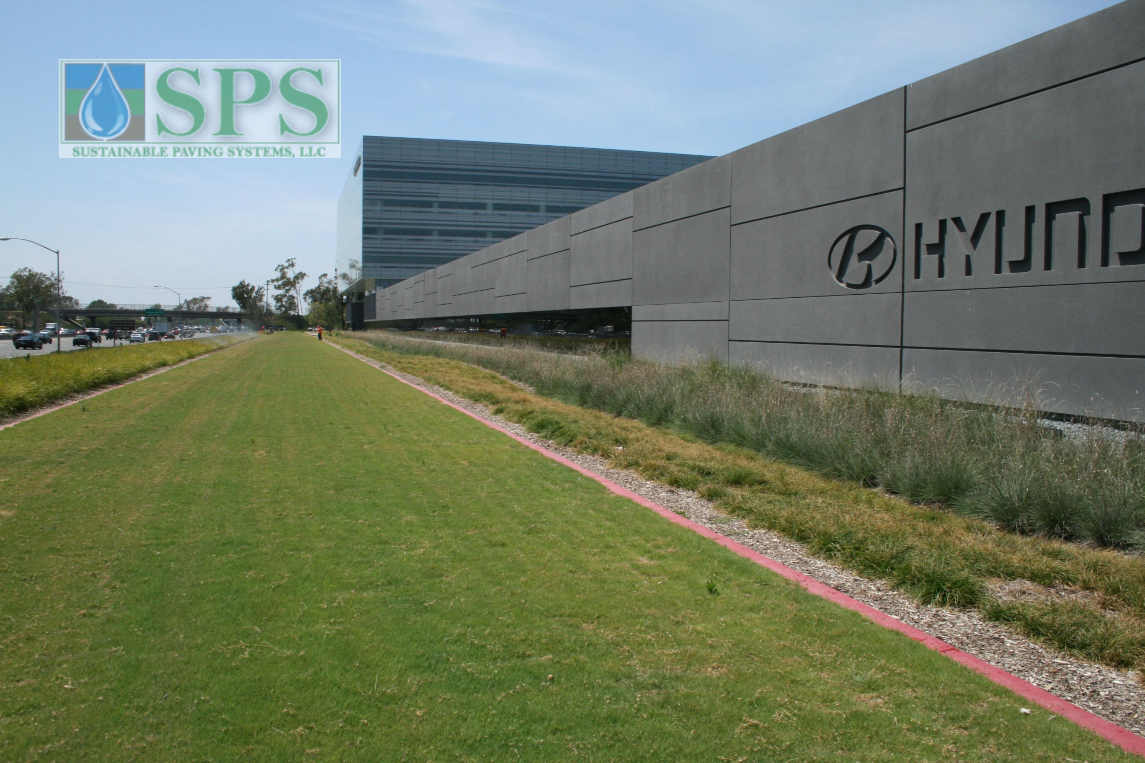 Grasscrete Partially Concealed System At Hyundai Motor America View Of Vehicle Acess Completed_4